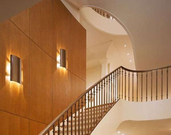 Đèn trang trí cầu thang và những lợi ích tuyệt vời
