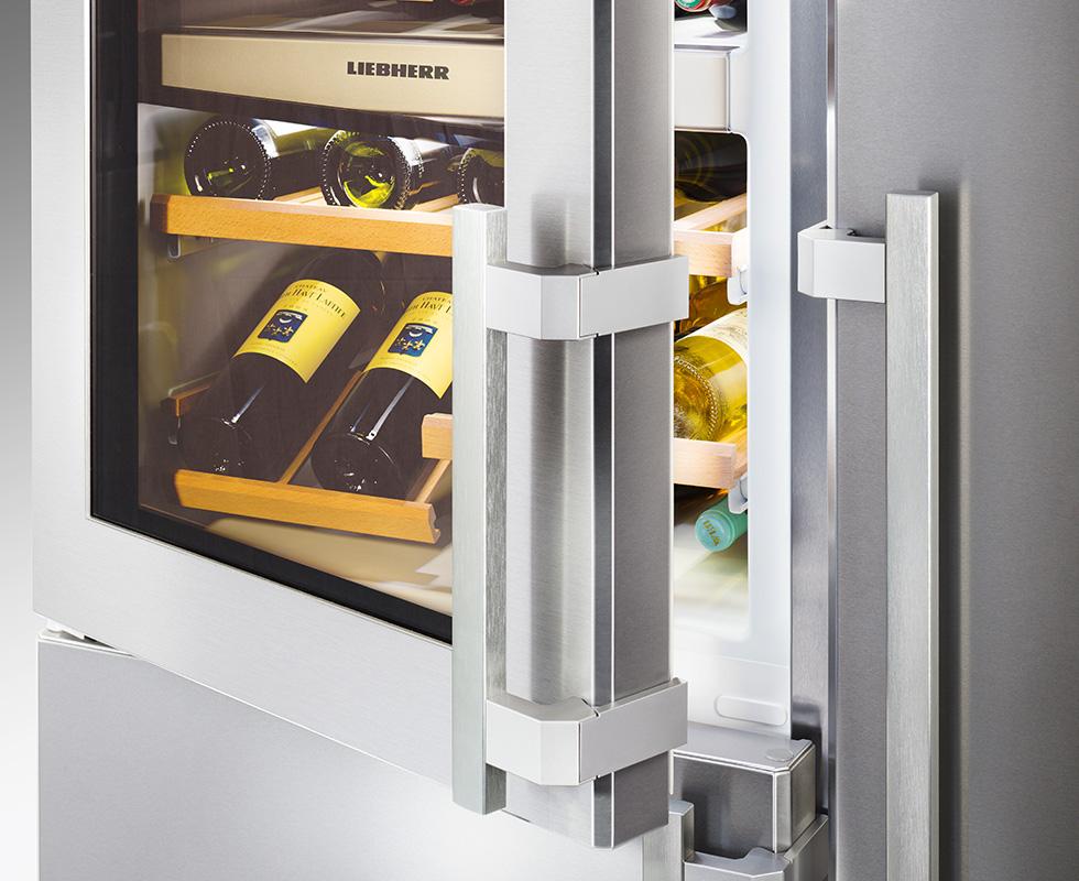 Hệ thống làm lạnh kép (Duo Cooling):Trang bị 2 hệ thống làm lạnh riêng biệt trên cùng 1 dàn lạnh