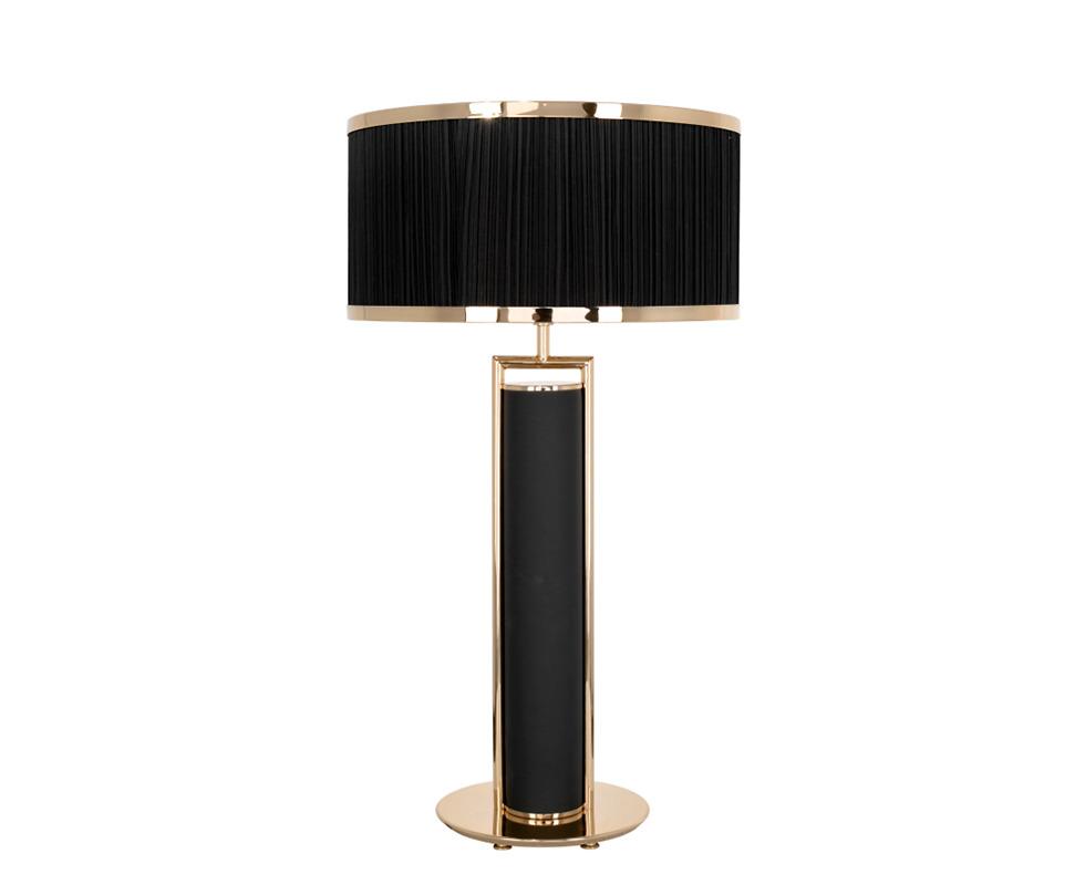 Đèn bàn Castro - 3050.1 thuộc bộ sưu tập Bauhaus có khung được làm bằng các ống đồng mạ vàng 24k