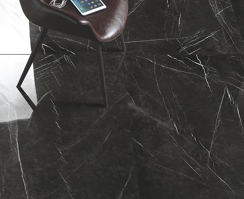Gạch vân đá marble Refin - Marquina Lucido thuộc loại gạch porcelain có độ hút nước ≤0.5%.